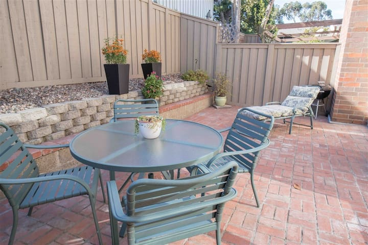 Beautiful townhome available in La Jolla