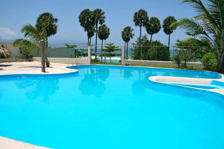 Hotel La Saladilla Beach Club - Barahona