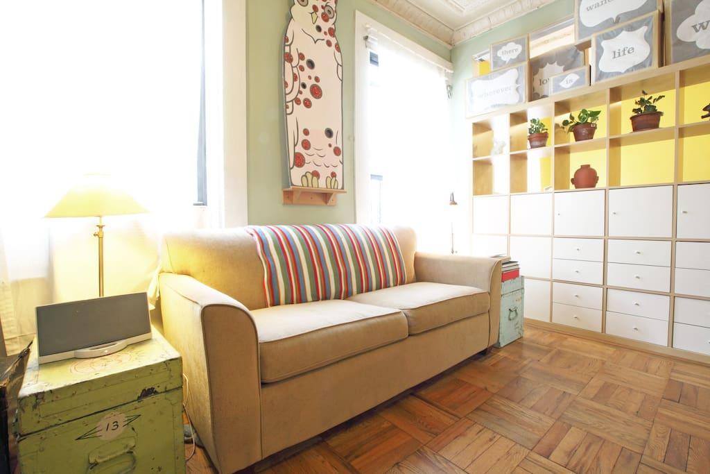 lovely, spacious wmsbrg apt w deck