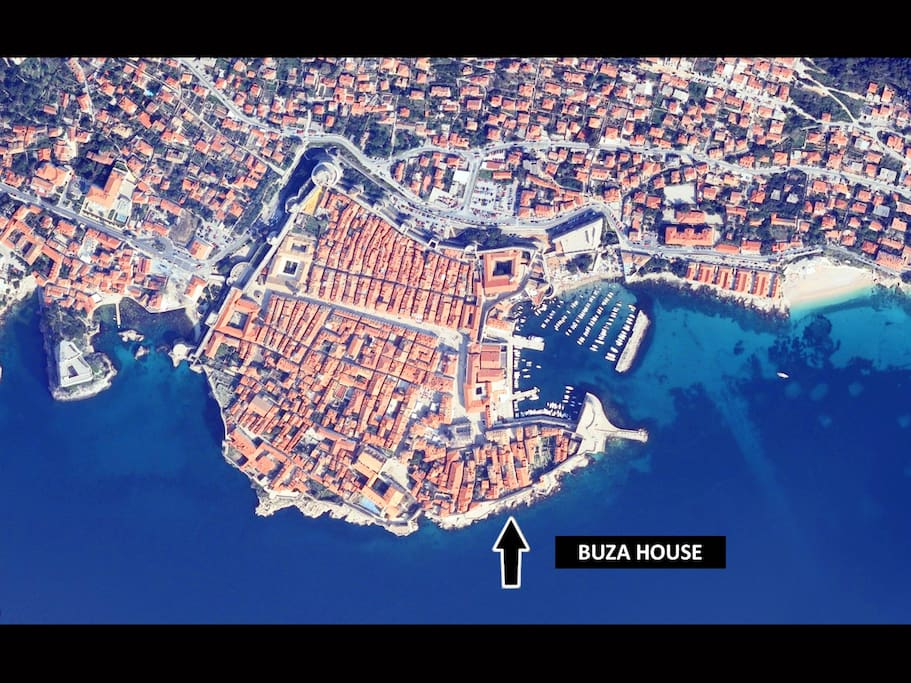 The bird-view photo and the location of the house.