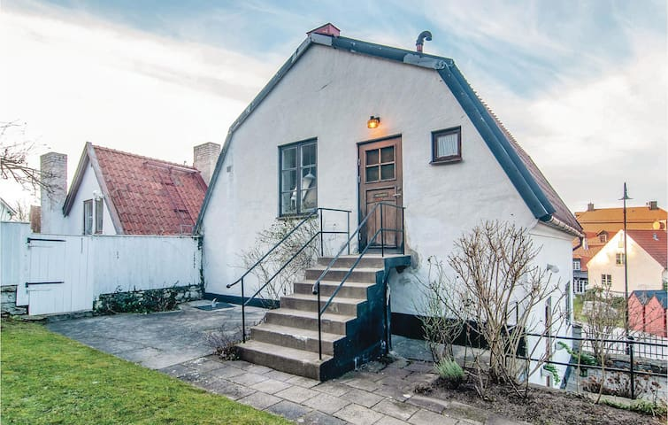 Holiday apartment with 1 bedroom on 48m² in Visby