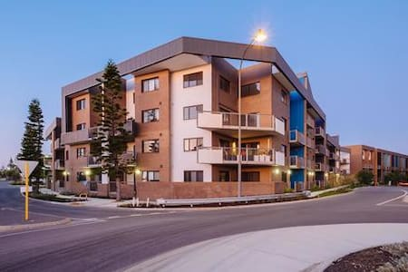 2 bedroom Breaksea Apartment - North Coogee - Apartmen