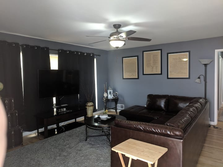 Quiet Ogden Upstairs 2 Bedroom Apartment
