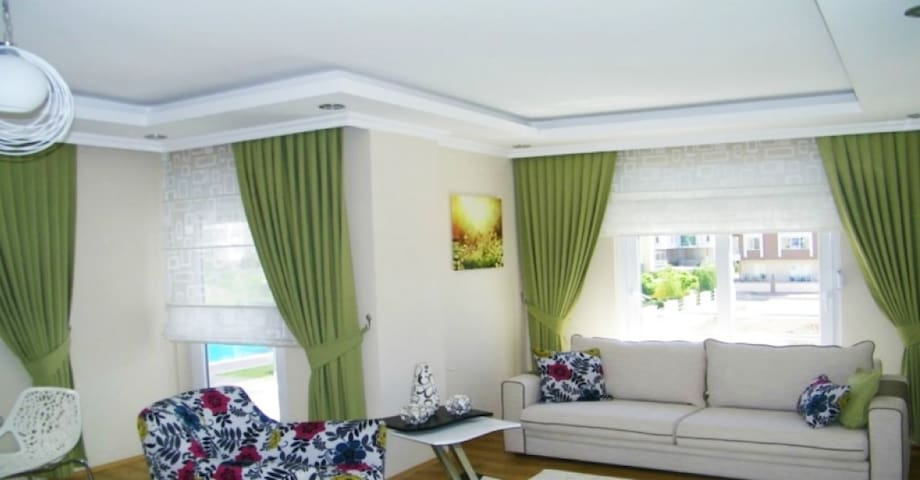 Flat on the 2-nd floor for hollidey - Antalya - Apartment