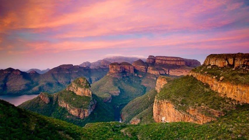 Bona Intaba Game Lodge/Hoedspruit/Blyde River - Blyde River Canyon - Hoedspruit - บ้าน