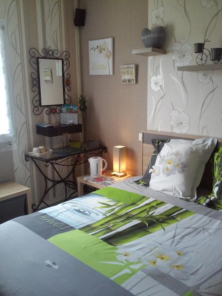 Chambre Zen Amour,6km plages Dinard+petit déjeuner