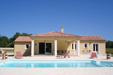 Villa piscine sans vis à vis - Deaux - Casa de camp