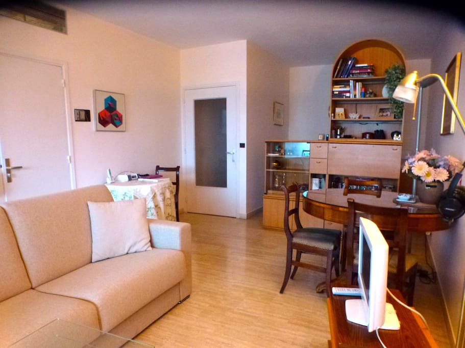 General overview of studio apartment
