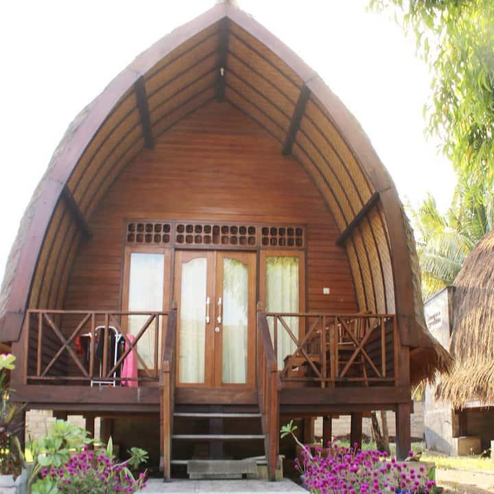 Nusa Indah Bungalows Gili Air - Wooden Bungalow