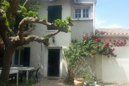 House with an authentic charm - Lézignan-la-Cèbe