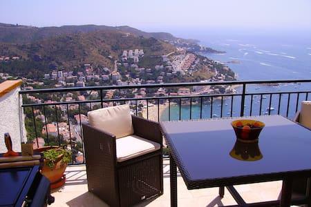 Appartement vue magnifique sur mer