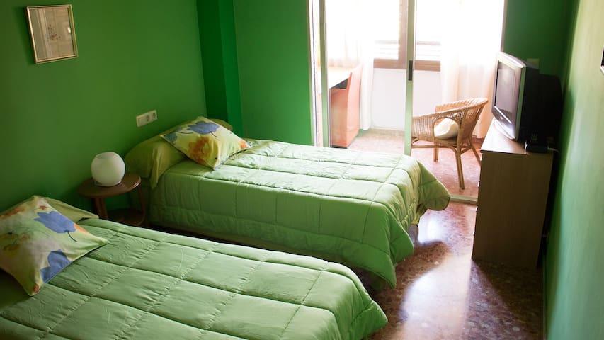 Oceanogràfic Habitación Doble con Balcón y Baño - València - Bed & Breakfast