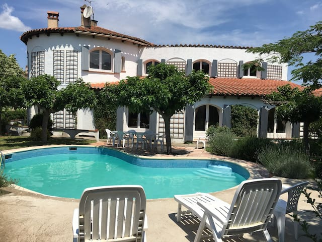 Holiday Home House , garden and Private Pool