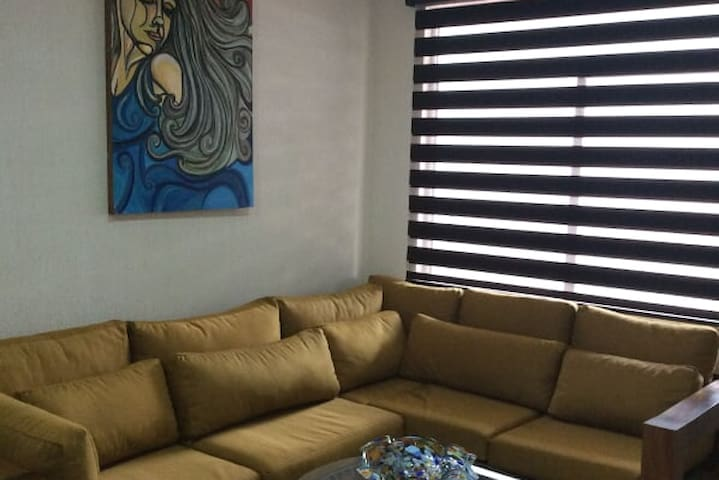 Apartment walking distance from tlakpak old town