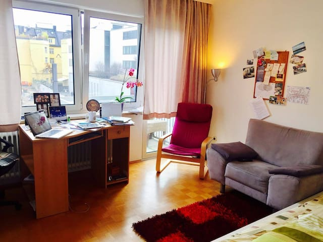 Cozy Flat in the Heart of Munich - München - Wohnung