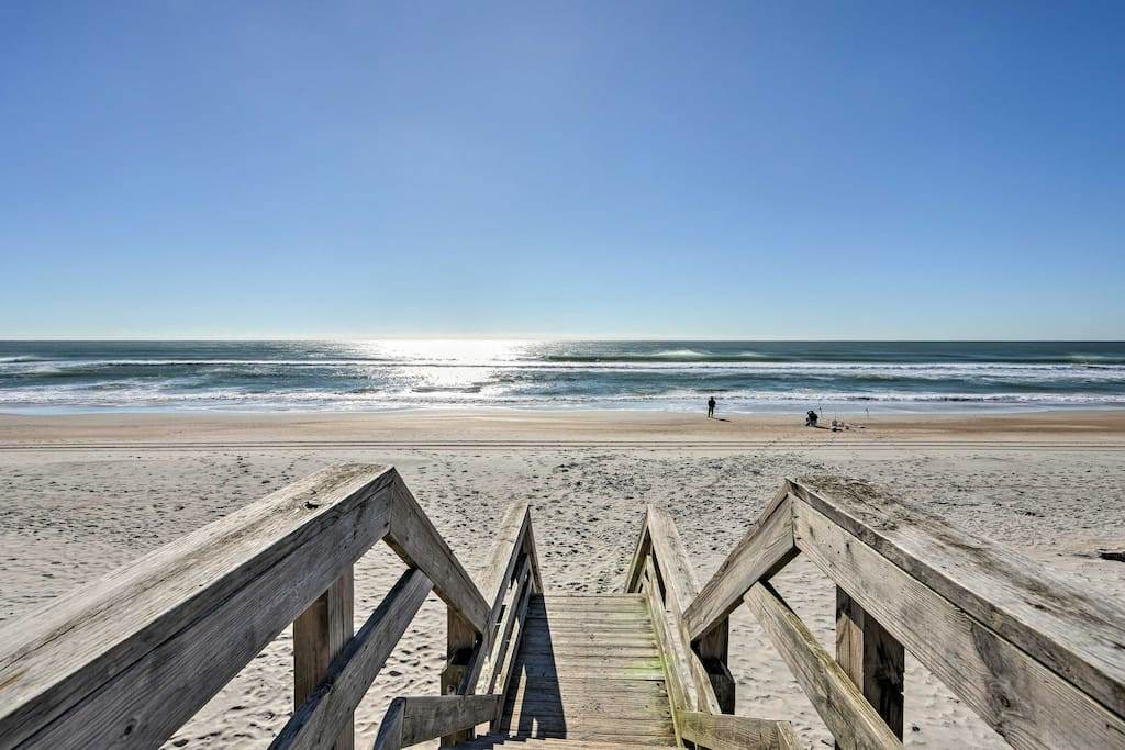 You're just a quick 2-minute walk from the beautiful sand beaches.