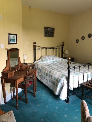 Plas offa farm house bed and breakfast!