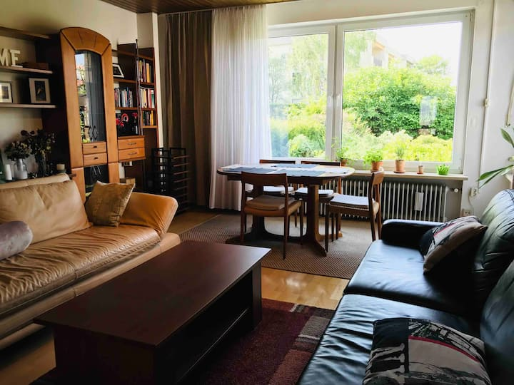 Sunny room in Tennenlohe