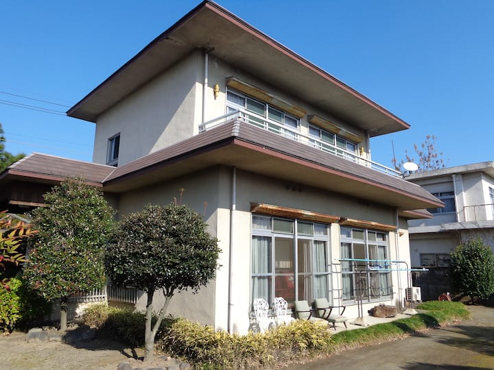 House with Onsen (hot spring)/Garden/WiFi/Kitchen