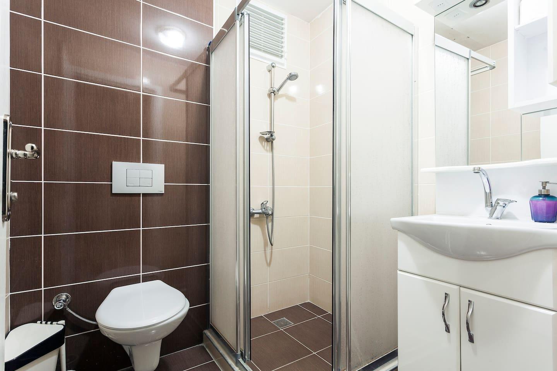 2 Bedroom apartment at Entrance Floor