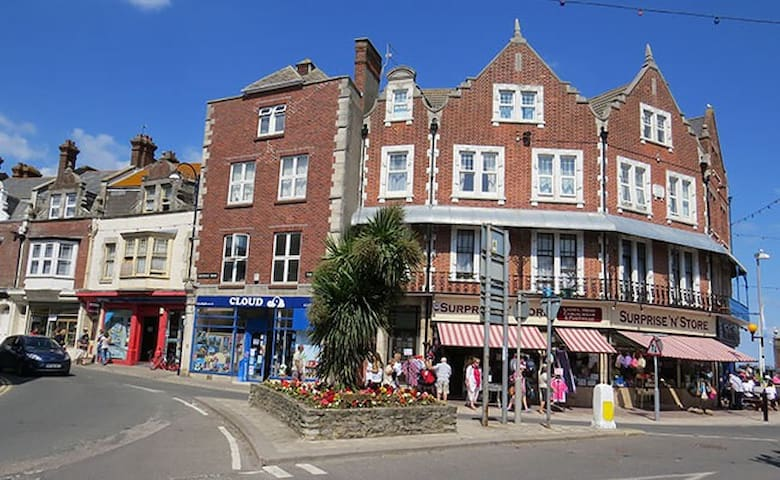 Gorgeous pet friendly room in centre of  Swanage - Swanage - Apartamento