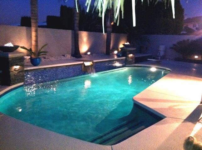 OC modern heated pool & billiards luxurious home