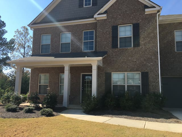 Executive Golf Home near ATL (2 Bdrm. included) - Locust Grove - Hus