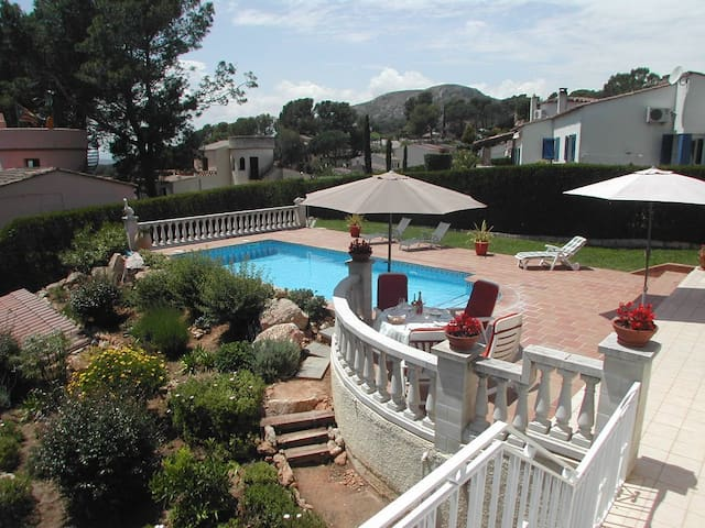 Beautiful villa, Torre Vella with privat pool.
