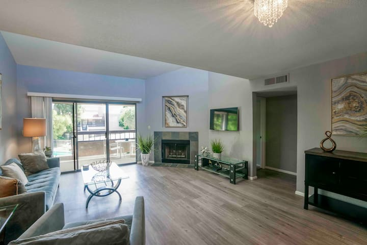 Modern newly remodeled condo in Scottsdale
