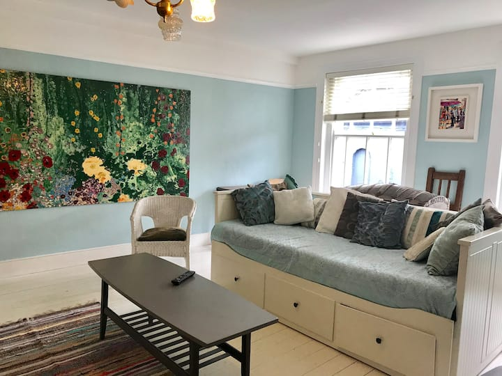 Unique Art filled Flat in the Heart of Cork City