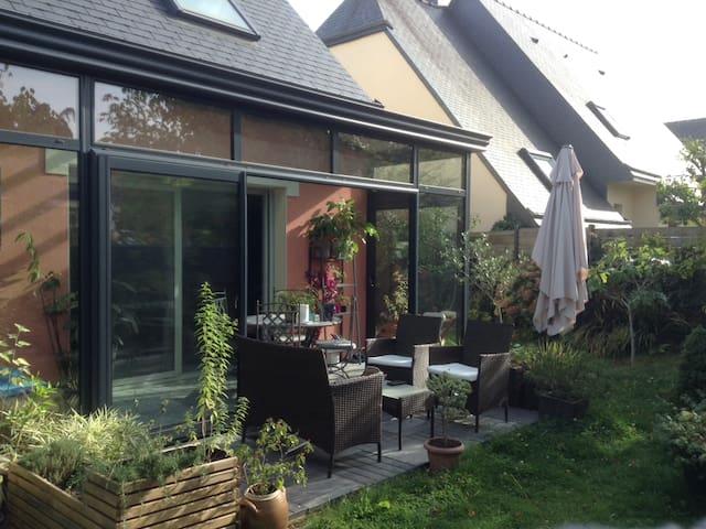 Maison avec jardin proche de Rennes