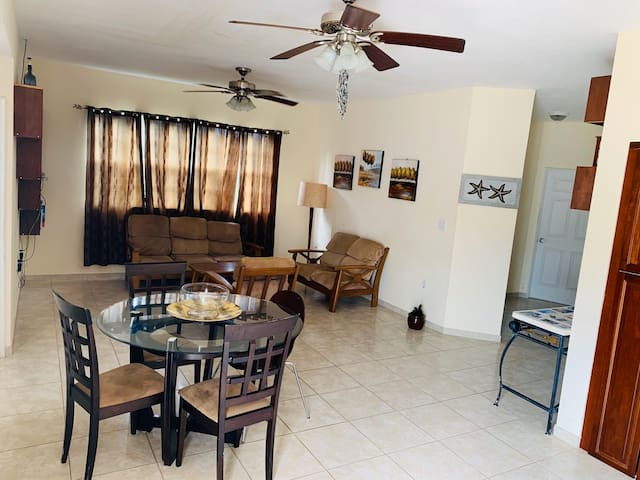 Enjoy a peaceful and affordable stay in Paradise ☺