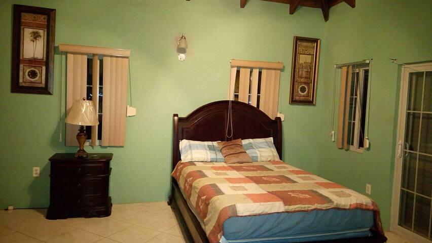 Private Room near Jolly Beach - Bolands - Haus