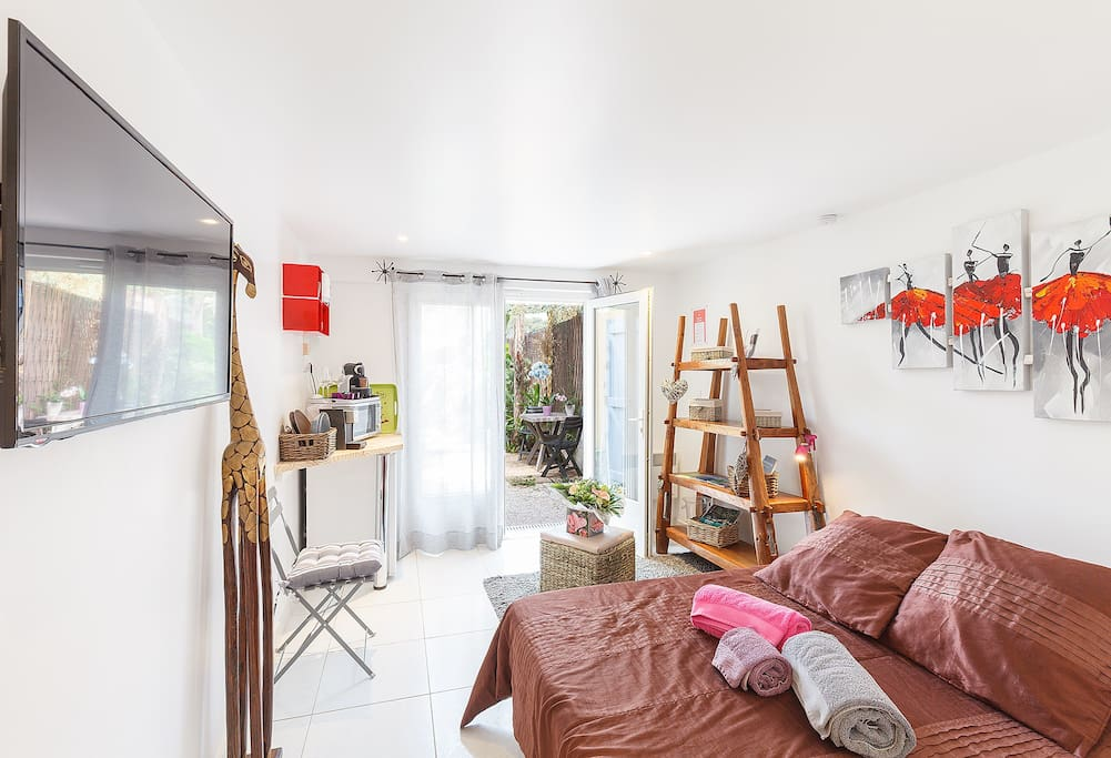 Chambre cocooning mahinui presqu 39 le de giens for Chambre hote hyeres