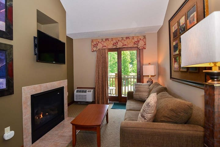 A318- One bedroom & loft suite w/ standard view, includes fireplace & balcony!