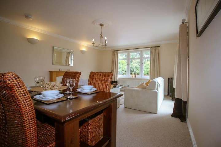 Turnberry Apartments - 3H Abbotsford (Sleeps 4)