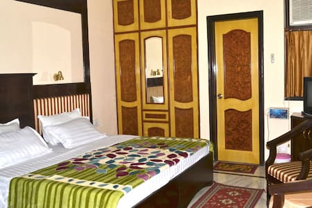 Best Experience Home Stay in Agra - AGRA - Bed & Breakfast