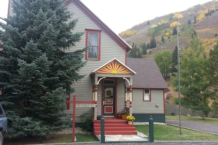 Vail in 20 - Queen - Red Cliff - Maison