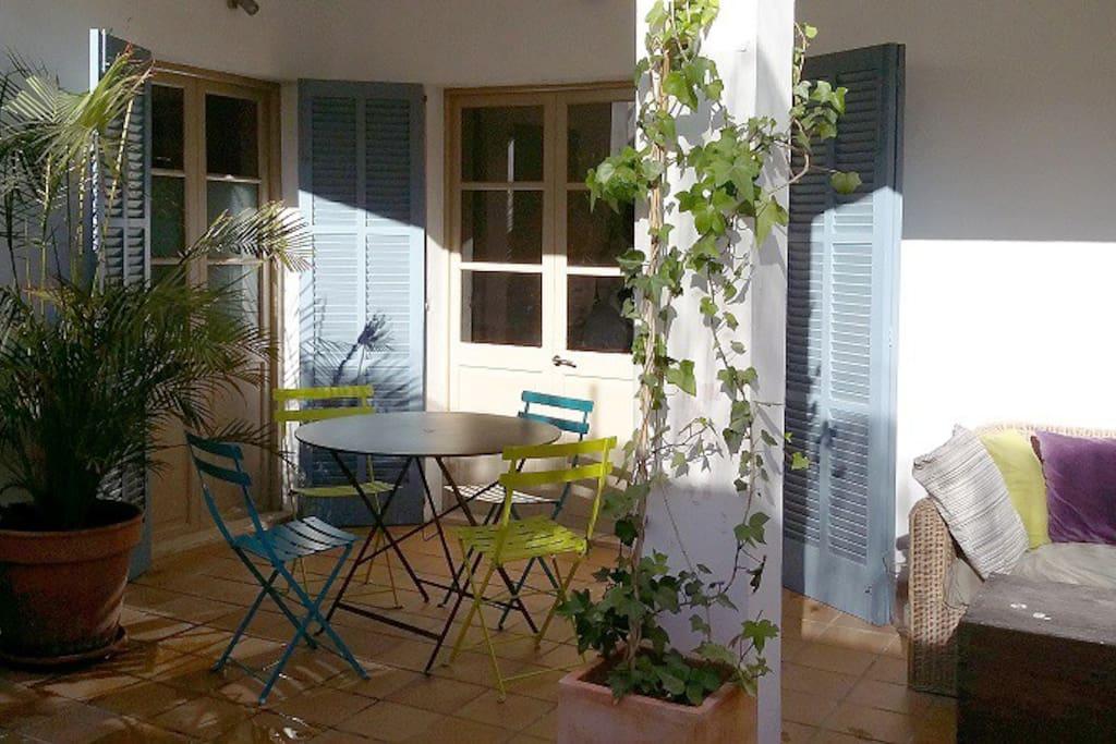 Appartement avec patio en jardin in santa catalina for Appartement avec patio