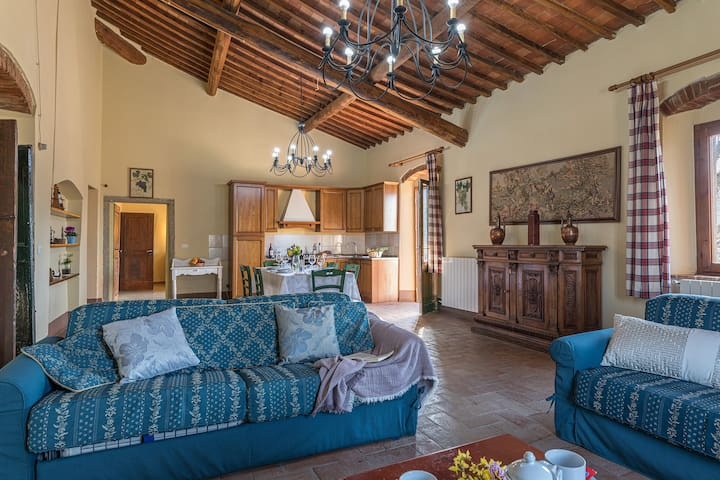 Pieve a Presciano-country house private pool