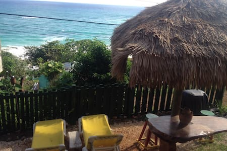 Room type: Private room Property type: Bungalow Accommodates: 2 Bedrooms: 1 Bathrooms: 1
