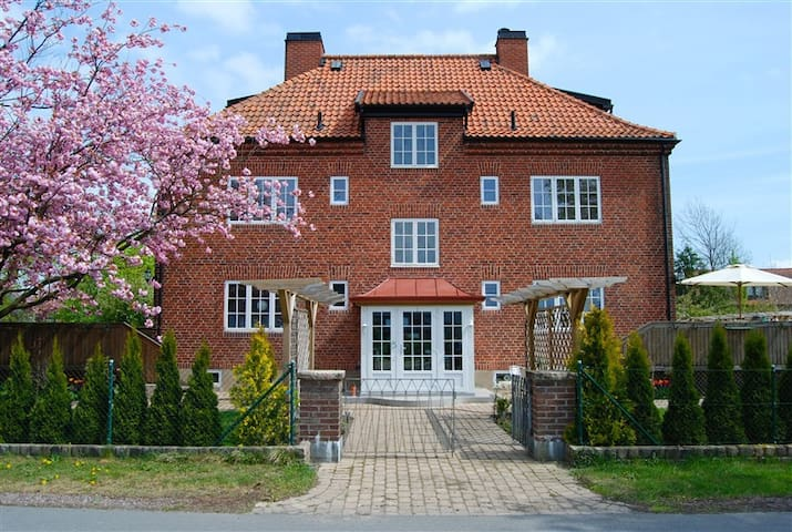 Apartment in quiet village near Lund
