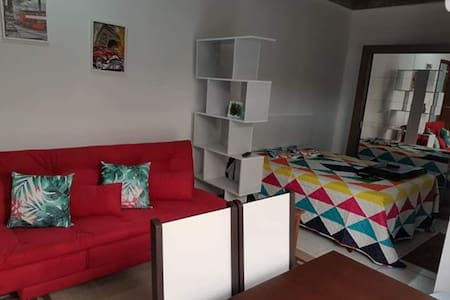 Loft/studio, confortável, higienizado, no Centro.