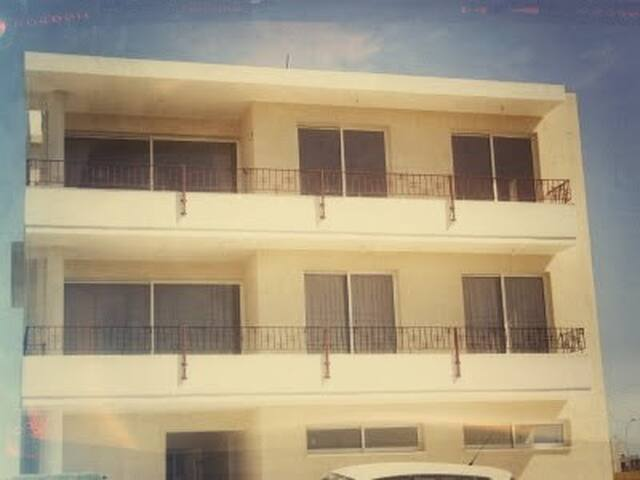 Holiday Apt. in Pervolia, Cyprus. - Perivolia