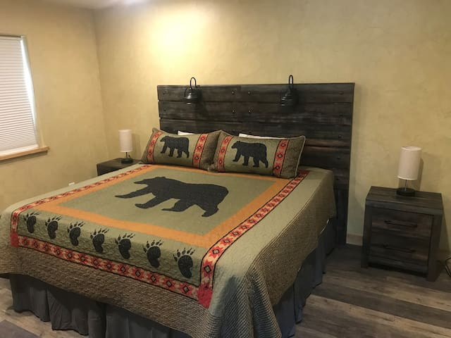 Split King or can be split into 2 Twin XL beds