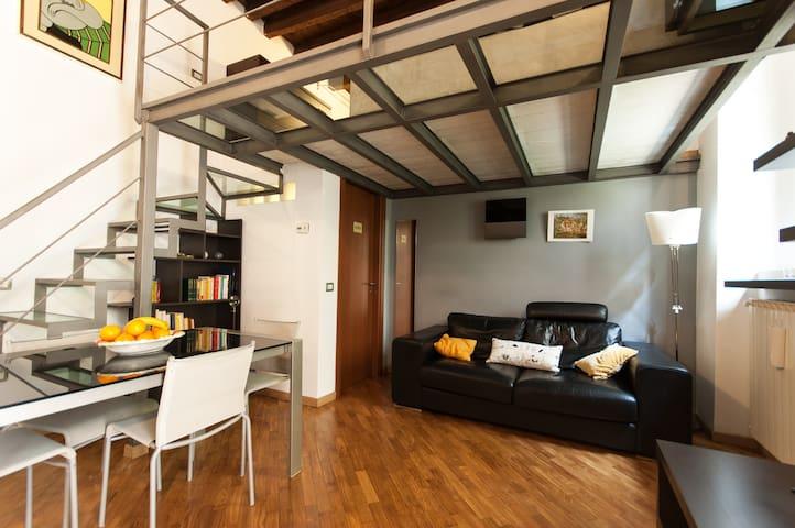 Delightful loft in Navigli/Tortona area
