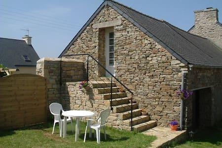 Studio dans ferme rénovée - Ploumoguer