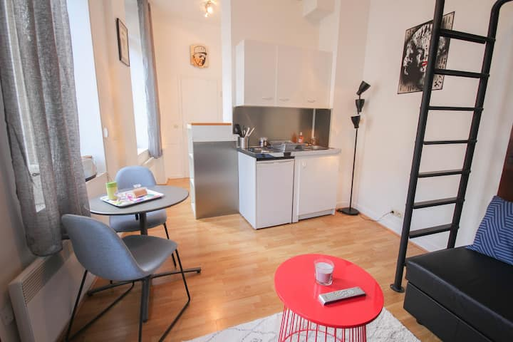 Lille Centre - Nice, cozy and functional studio