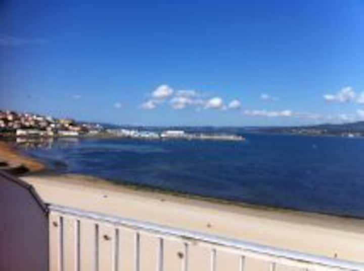 Ático primera linea de playa Sada