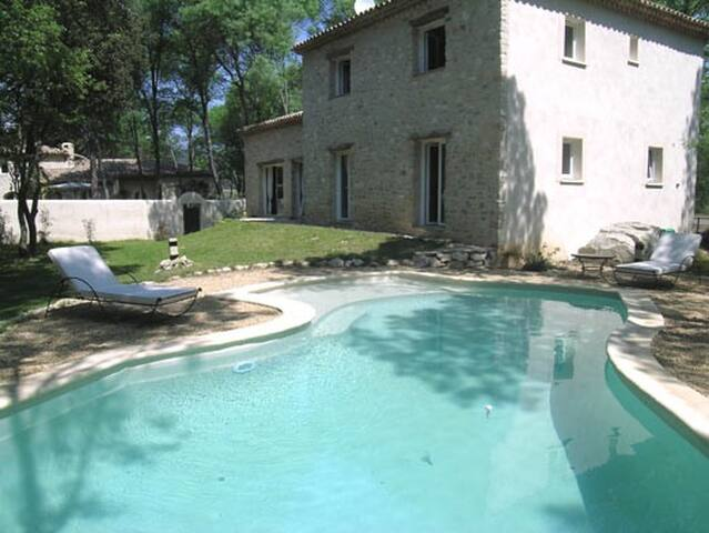 villa en campagne avec piscine - Fontanès - Vila